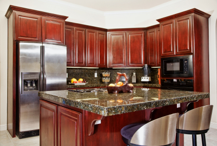 Kitchen cabinet refacing tips ideas free estimates for Local kitchen remodeling
